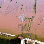 بازدید هوایی روحانی از مناطق سیل زده خوزستان