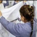 قیچی کردن موی ۹ دانش آموز دختر توسط خانم معلم در شهرستان فسا