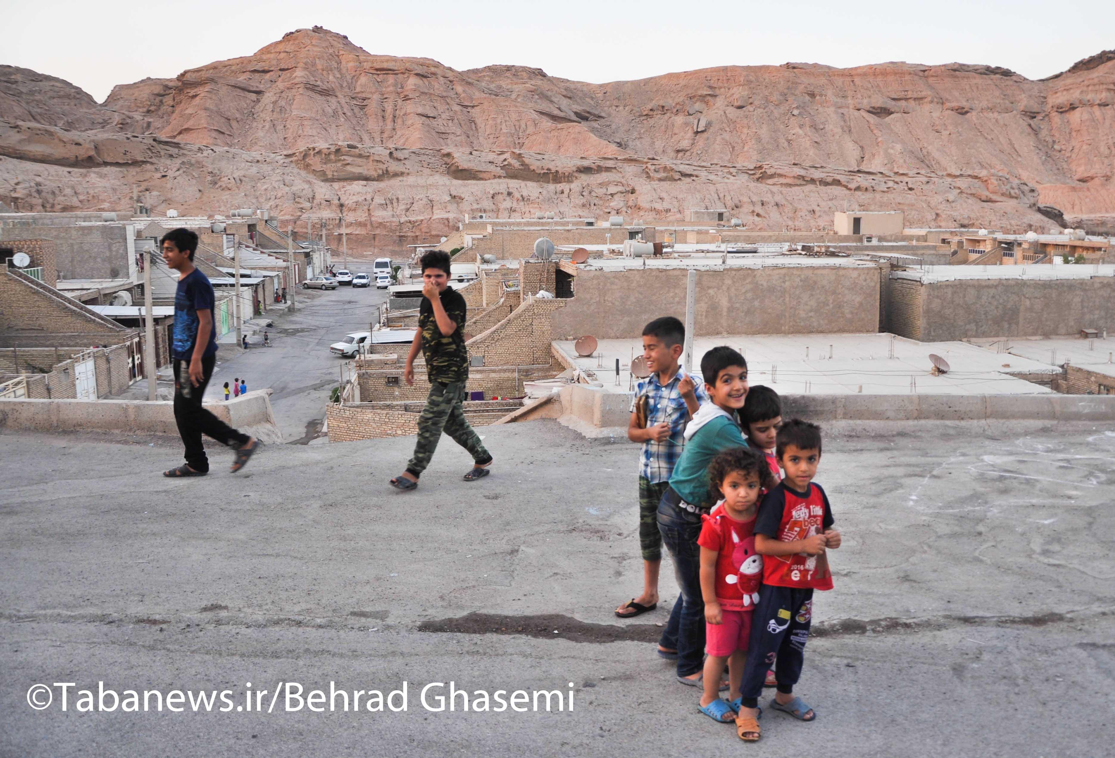 بیش از یک میلیون نفر در سکونتگاههای غیررسمی و بافت فرسوده خوزستان زندگی میکنند