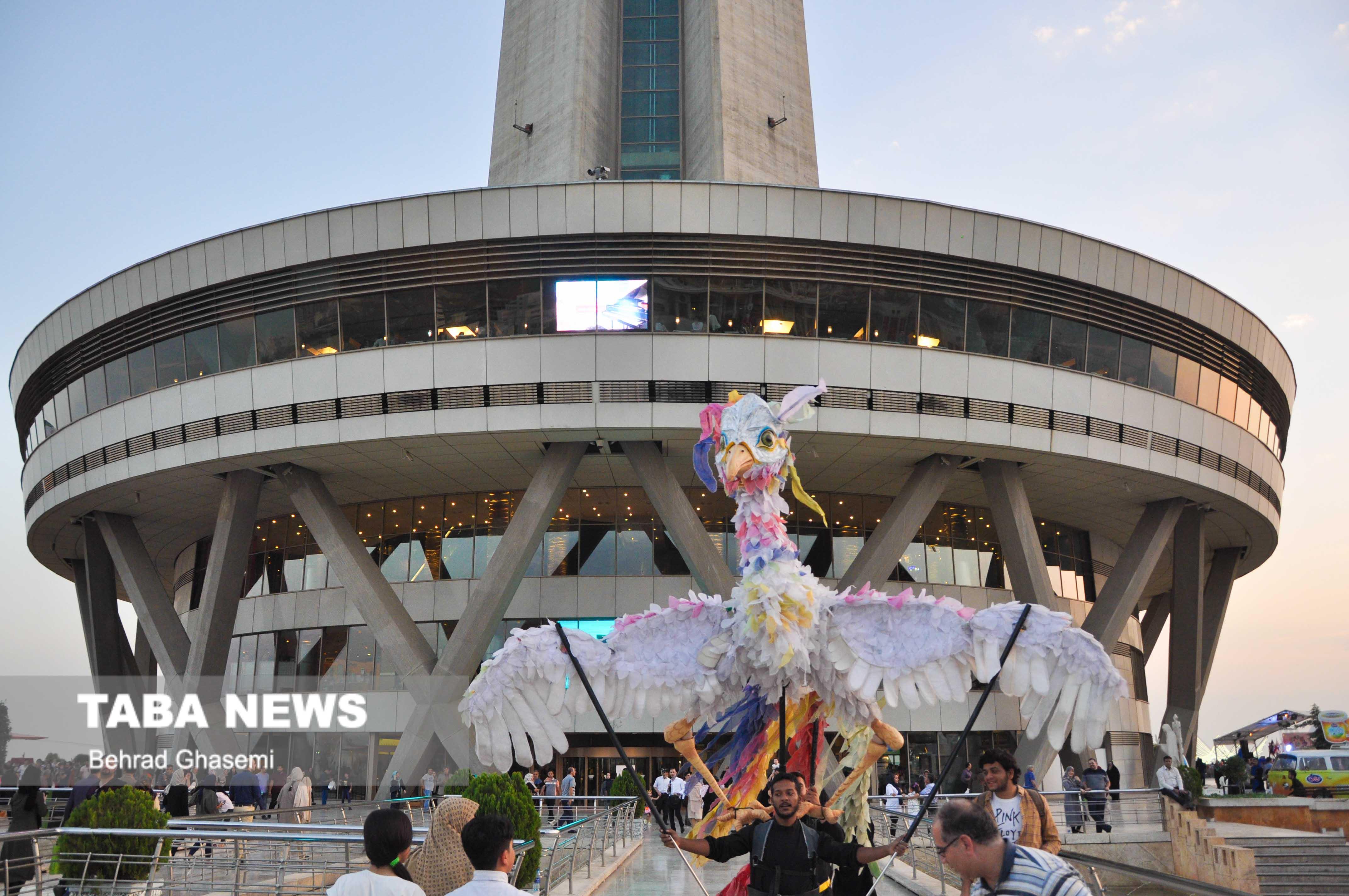 برج میلاد به تماشای شکوه فرهنگ خوزستان مینشیند