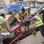 اجرای خط انتقال و شبکه آب و فاضلاب مسکن مهر شادگان
