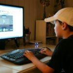 سرقت پسر از پدر با انگیزه خودنمایی بین دوستان در بازی آنلاین