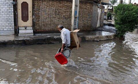مسئولان خوزستان با بسیج نیروها به مردم بندر امام کمک کنند