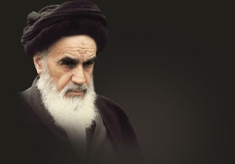 امام خمینی(ره)؛ نظریه پرداز و سیاستمداری نواندیش