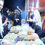 دست های یاری نیکوکاران در گستراندن سفره اطعام و تامین سبد غذایی ۴ هزار یتیم و نیازمند