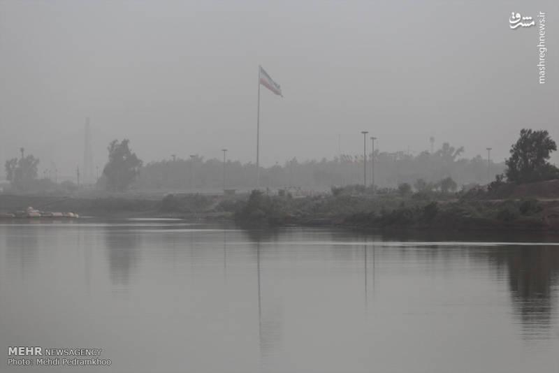 انتشار دود غلیظ در آبادان از صبح امروز