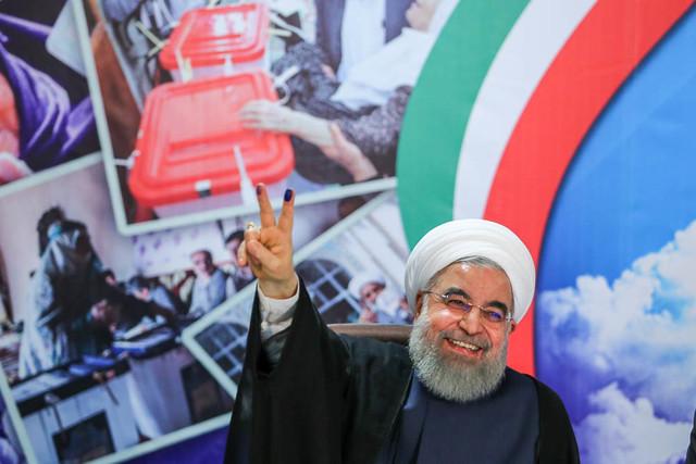 قائم مقام ستاد دکتر روحانی در ایذه برکنار شد