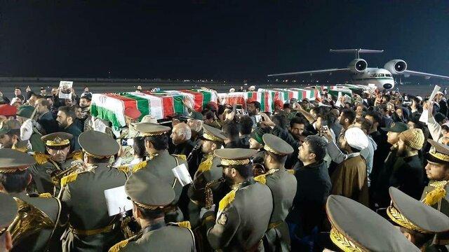 مبادله ۵۵ پیکر شهید دفاع مقدس با ۷۶ جسد عراقی در مرز شلمچه انجام شد