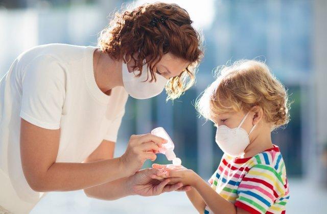 اسهال و استفراغ مهمترین علائم کرونا در کودکان است