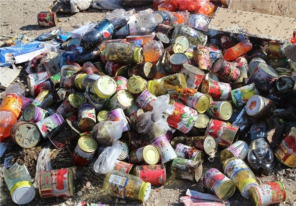 ۵۰۰ کیلوگرم مواد غذایی فاسد در اندیمشک معدوم سازی شد