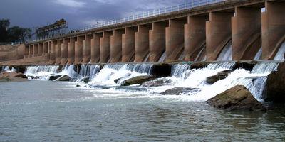 دومین مرحله رهاسازی آب از سد کوثر هندیجان آغاز شد