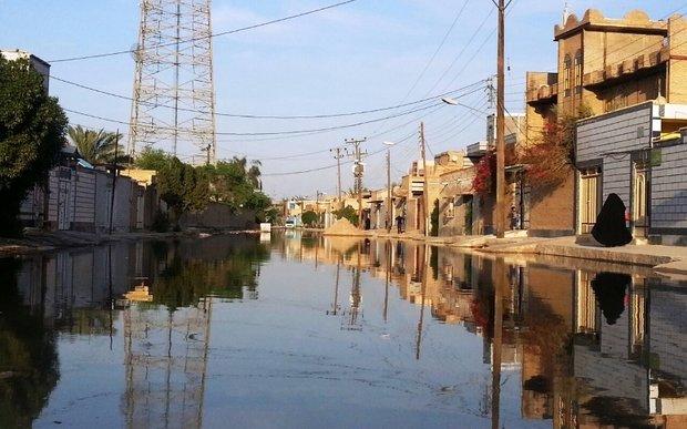 ادامه خدمات رسانی مناطق نفت خیز جنوب برای رفع آبگرفتگی معابر